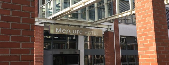 Mercure Hotel Berlin Tempelhof Airport is one of Lugares favoritos de Friedrich.