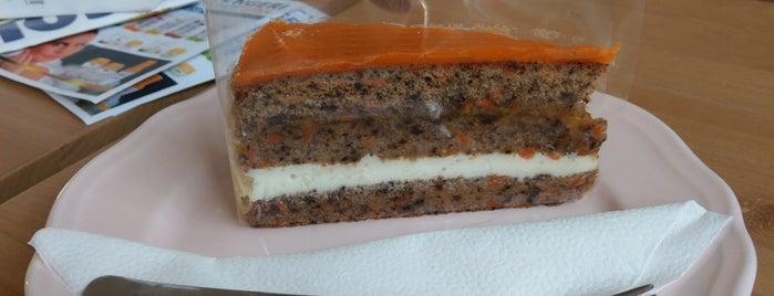 Krisztina Kert Paleo Cukrászda is one of Healthy Cakes Places🍰.