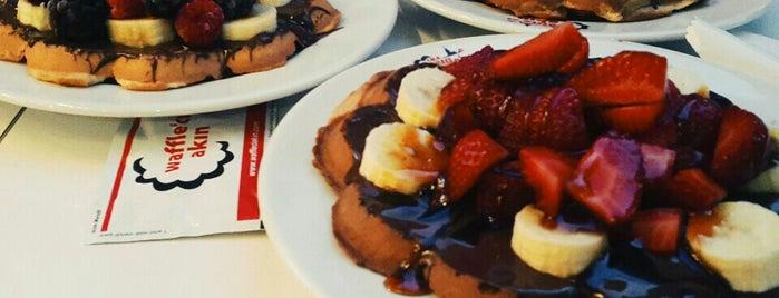 Waffle'cı Akın is one of Tempat yang Disukai Bengisu.