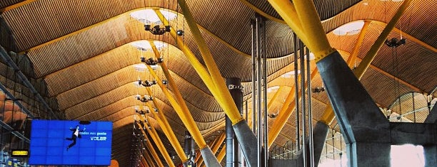 Terminal 4 is one of Transportes, Viajes, etc..
