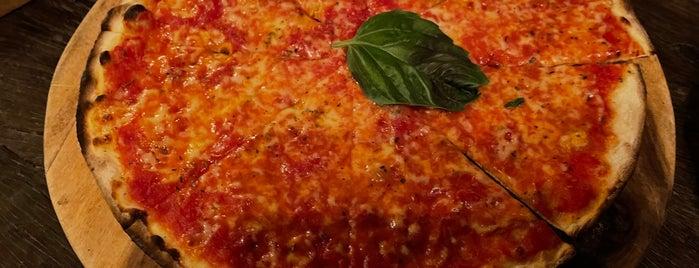 Pizza Fabbrica is one of Canggu+.
