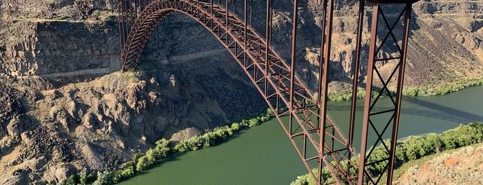 Perrine Bridge Scenic Overlook is one of IrmaZandl'ın Beğendiği Mekanlar.