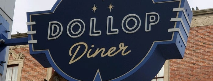 Dollop Diner is one of Locais curtidos por Bill.