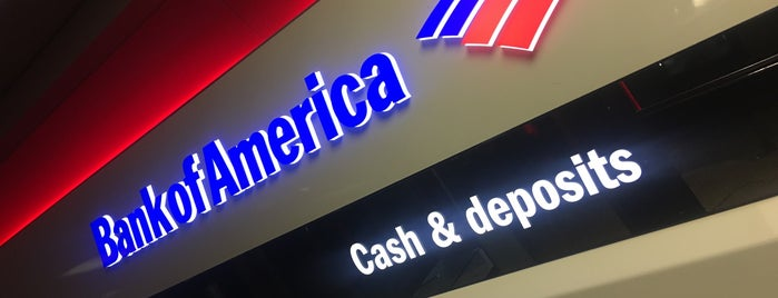 Bank of America ATM is one of Dominique 님이 좋아한 장소.