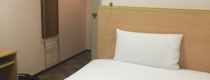 東京ベイプラザホテル is one of ロケ場所など.
