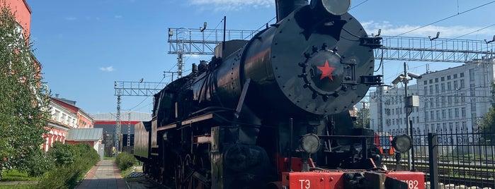 Музейно-производственный комплекс паровозного депо «Подмосковная» is one of Museums.