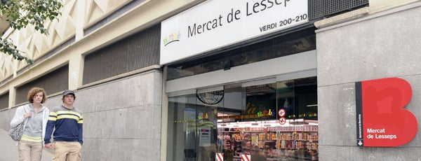 Mercat de Lesseps is one of Reina 님이 좋아한 장소.