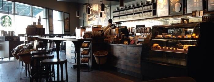Starbucks is one of Corretor Fabricio'nun Beğendiği Mekanlar.