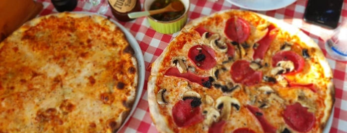 Arka Pizzeria Yalıkavak is one of B.さんの保存済みスポット.
