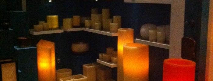 Candle Boutique is one of Tempat yang Disukai Arif.