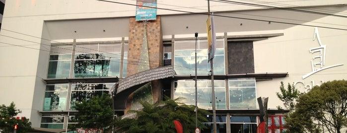 Centro Comercial Cable Plaza is one of Posti che sono piaciuti a Camilo.