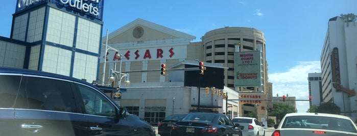 Atlantic City Strip is one of Arthur's places to visit.