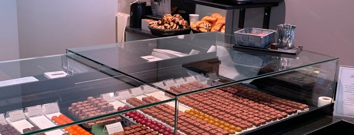 Chocolaterie Stettler - Castrischer is one of Geneva.