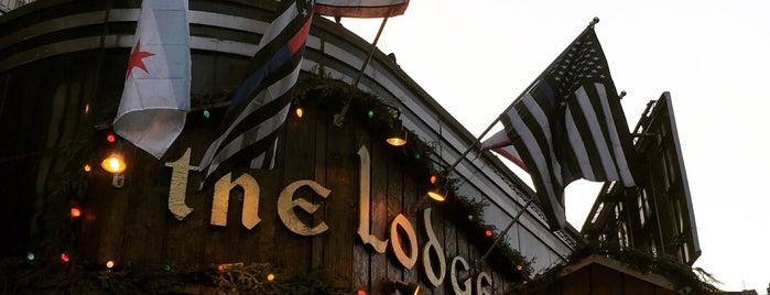 Lodge Tavern is one of Posti che sono piaciuti a Travis.