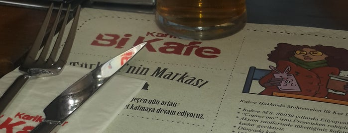 Karikatür Bi Kafe is one of Tempat yang Disukai Fatih.