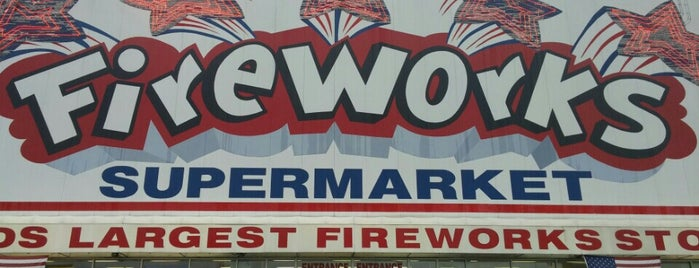 Fireworks Supermarket is one of laurenさんの保存済みスポット.