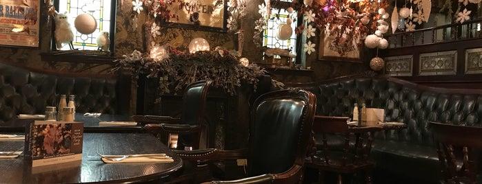 Keenans bar & restaurant is one of Work.