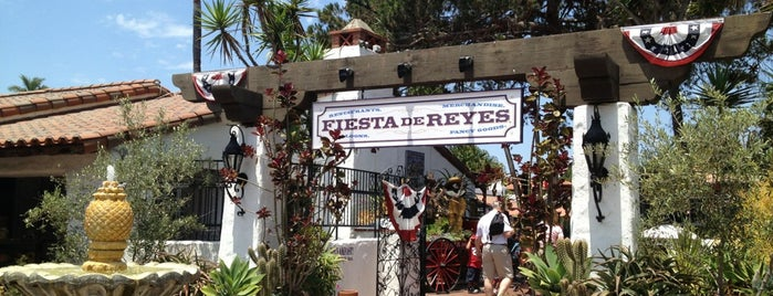 Casa de Reyes is one of SD.