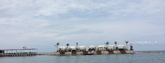La Plage Port Cratos is one of Locais curtidos por Hüsniye.