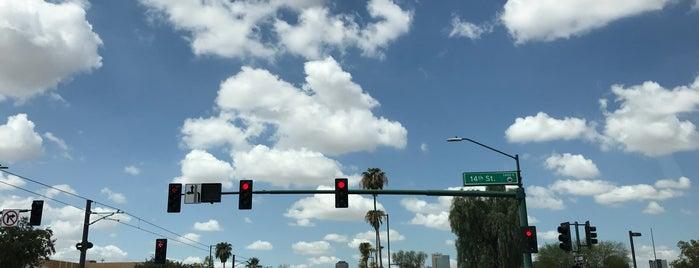 Downtown Phoenix is one of Posti che sono piaciuti a Andy.