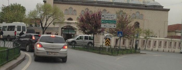 Ebubekir Camii is one of สถานที่ที่ Nedim ถูกใจ.