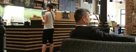 Starbucks is one of Bob 님이 좋아한 장소.