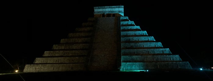 Noches de Kukulcán is one of Mexico.