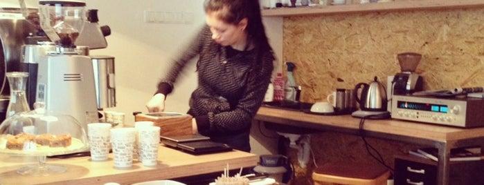 Kafemat is one of 10 pražských kaváren, kde stojí za to utrácet.
