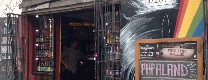 Pepperland Bar is one of Food & Fun - Santiago de Chile.