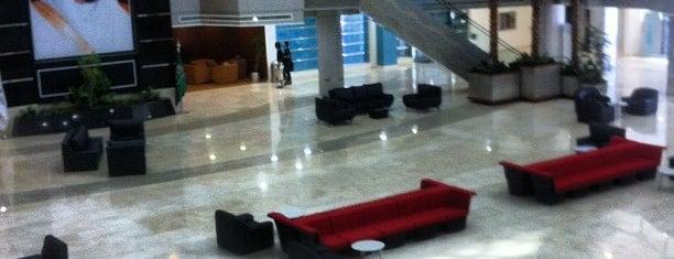 Prince Sultan University (PSU) is one of Tempat yang Disukai Abdulaziz.