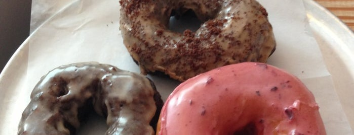 Monuts Donuts is one of Durham Localista Favorites.