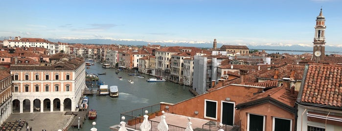 T Fondaco dei Tedeschi by DFS is one of Venice.