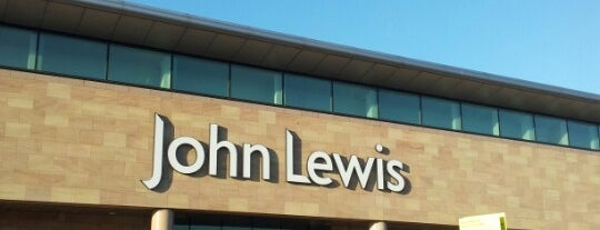 John Lewis & Partners is one of Orte, die Louise gefallen.