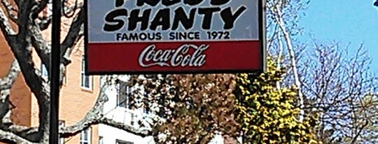 Fred's Shanty is one of New London.