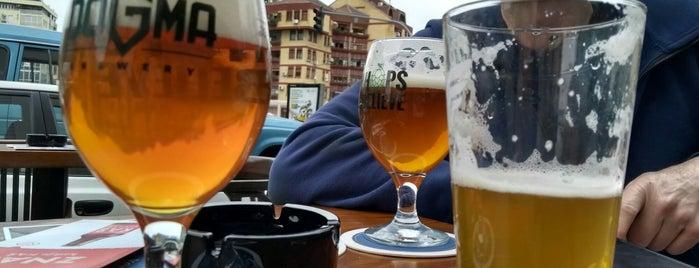 Beer Store is one of Lugares favoritos de Ivana.