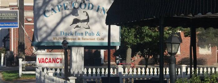 The Duck Inn Pub is one of สถานที่ที่บันทึกไว้ของ Erin.