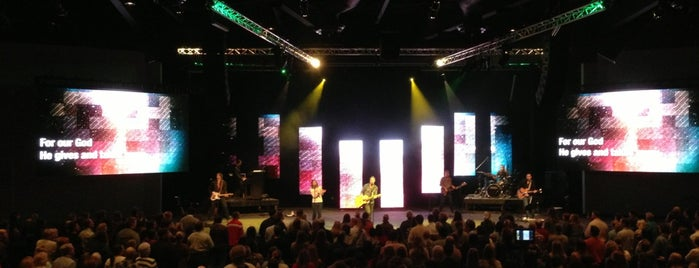 Cross Point Church is one of Locais curtidos por Experience.