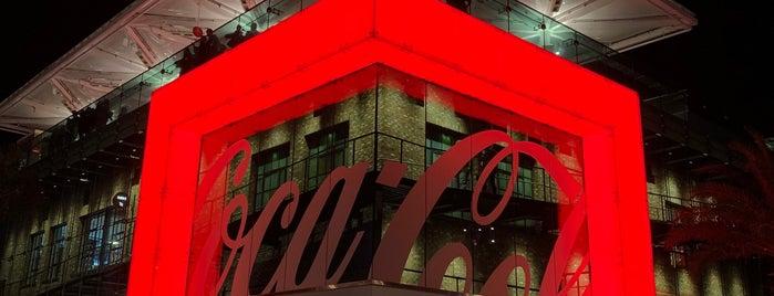 Coca-Cola Store is one of Posti che sono piaciuti a Roberto.