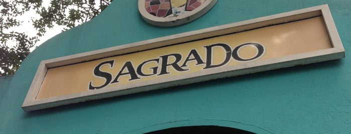 Sagrado Bar & Café is one of Bares.