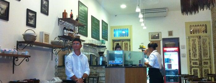 Villa Europa Café is one of para conhecer!.