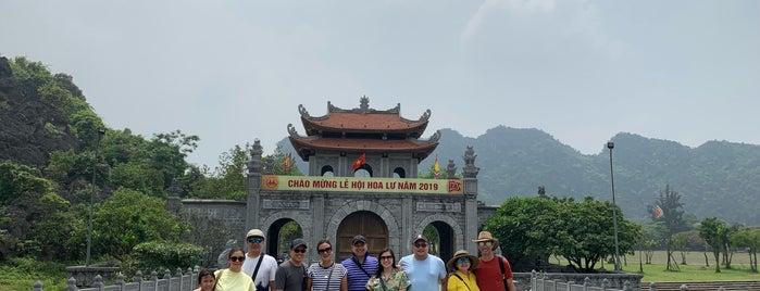 Tuyệt Tình Cốc Ninh Bình is one of Ninh Binh.