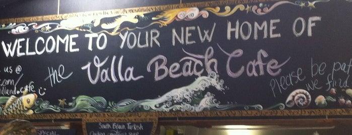 The Headland Cafe is one of Locais curtidos por Andrew.