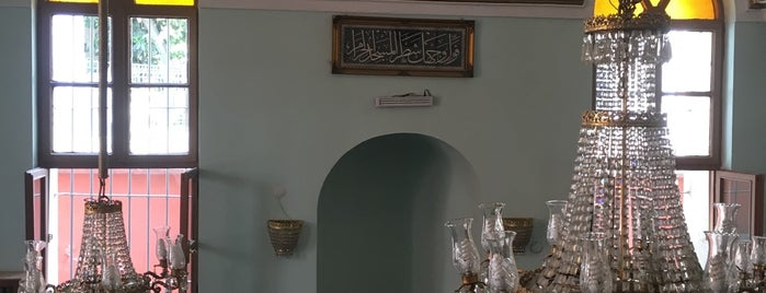 Kiremitci Ahmet Camii is one of Hakan.