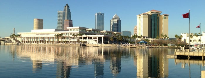 Tampa Convention Center is one of Posti salvati di CNN.