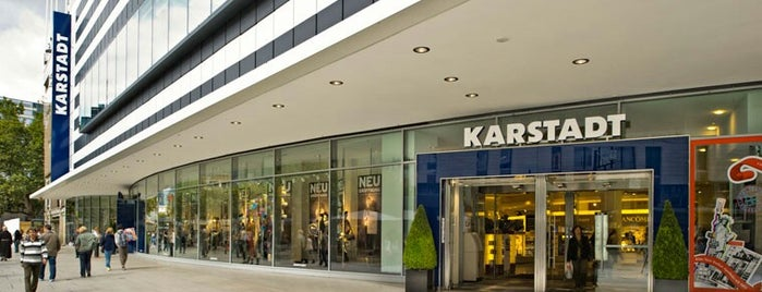 Galeria Karstadt Kaufhof is one of Fatihさんのお気に入りスポット.
