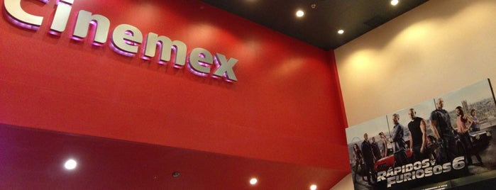 Cinemex is one of Lieux qui ont plu à Jessica.