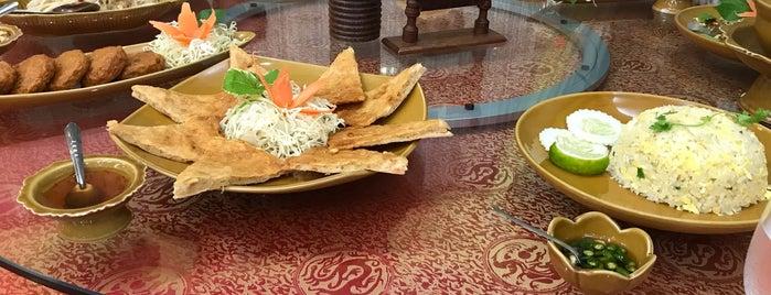 Mai Thai Restaurant is one of Locais salvos de BonVivant.es.