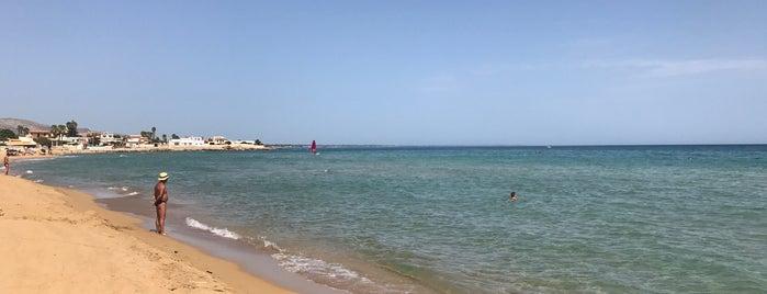 Calabernnardo is one of Sicily.