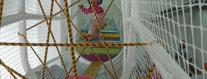 ViJiM Ludoteca is one of A donde ir con niños.