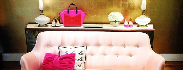 Kate Spade New York Flagship is one of UES Shop.
